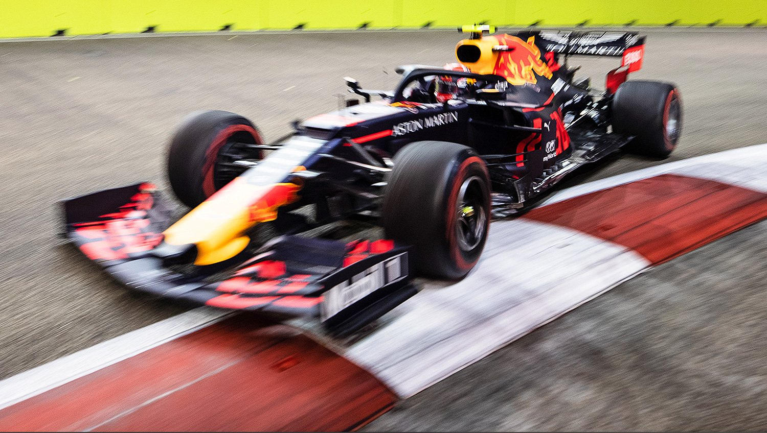 red bull racing singapour