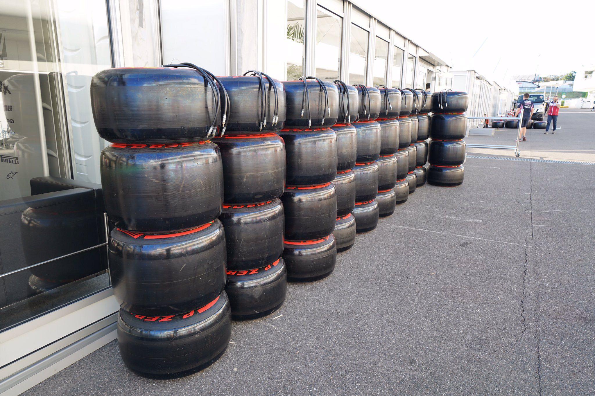 pneus pirelli F1