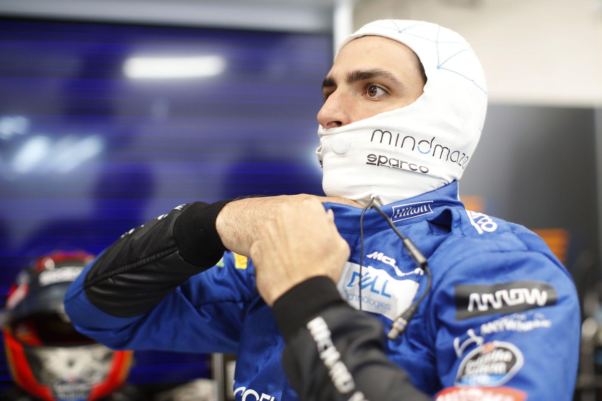 carlos sainz McLaren