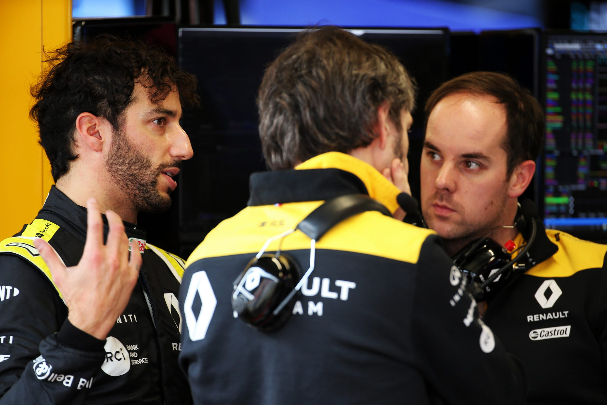 Ricciardo se sent responsable des performances de Renault 17