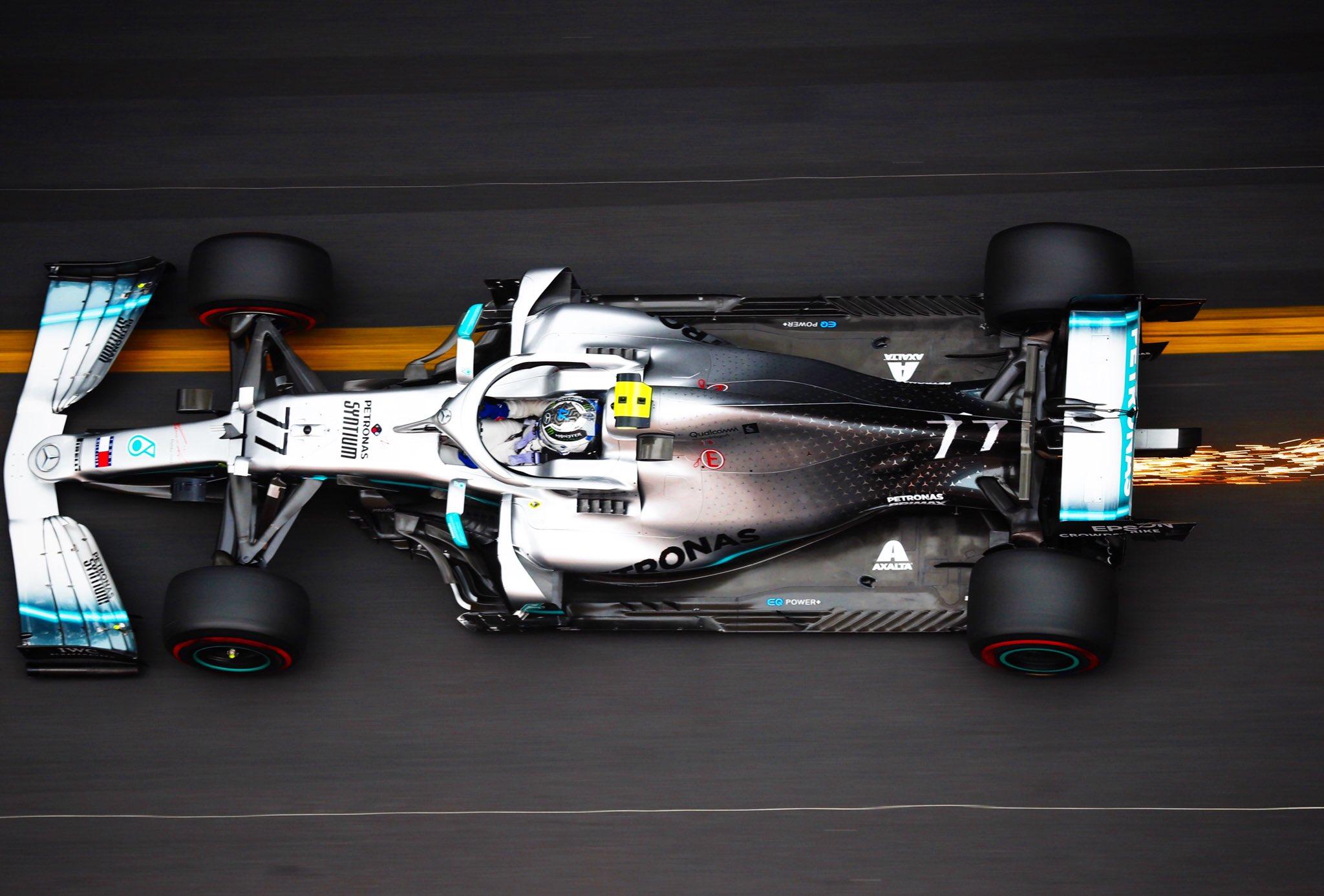 Le pilote Mercedes Valtteri Bottas est un grand fan de MotoGP 1