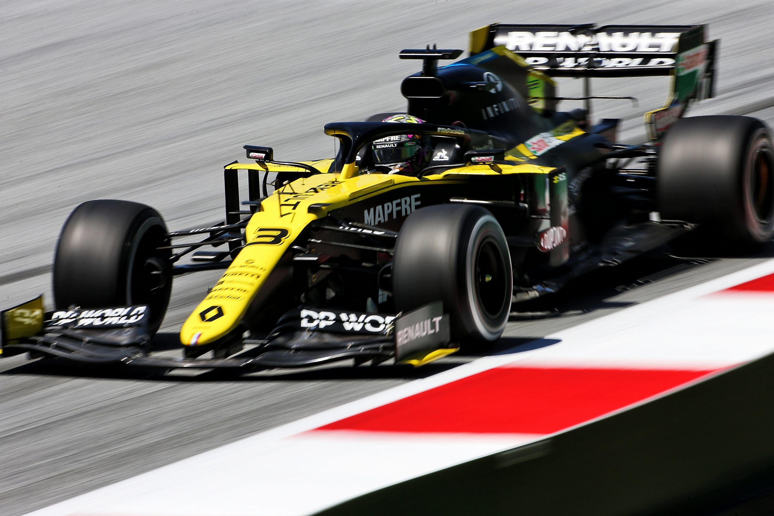 Officiel : Renault dépose une réclamation contre Racing Point 1
