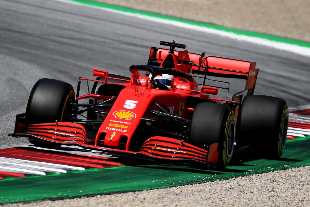 """Pour Brawn, les pilotes Ferrari ont commis le """"péché capital"""" ce dimanche en entrant en collision 1"""