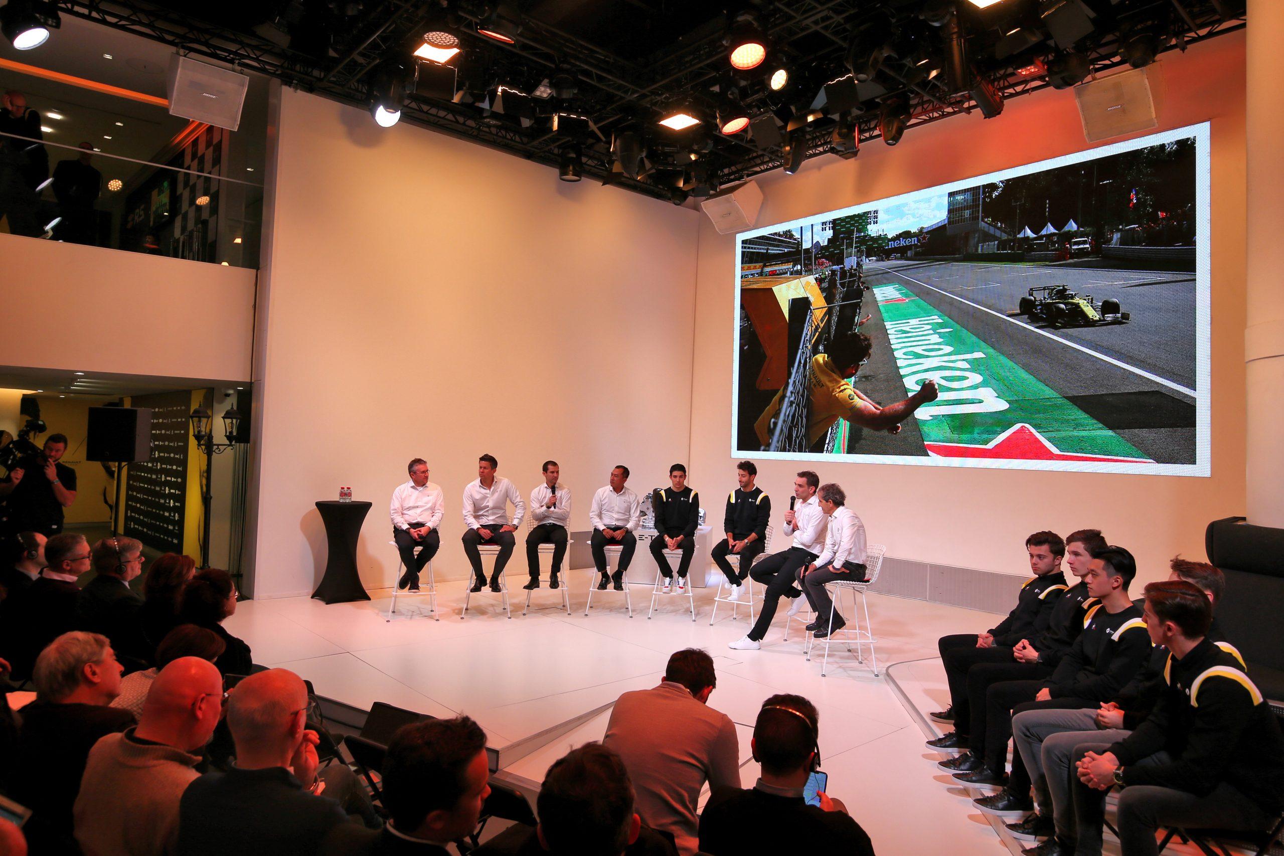 Renault diffuse tous les GP de la saison 2020 de F1 à l'Atelier Renault 1