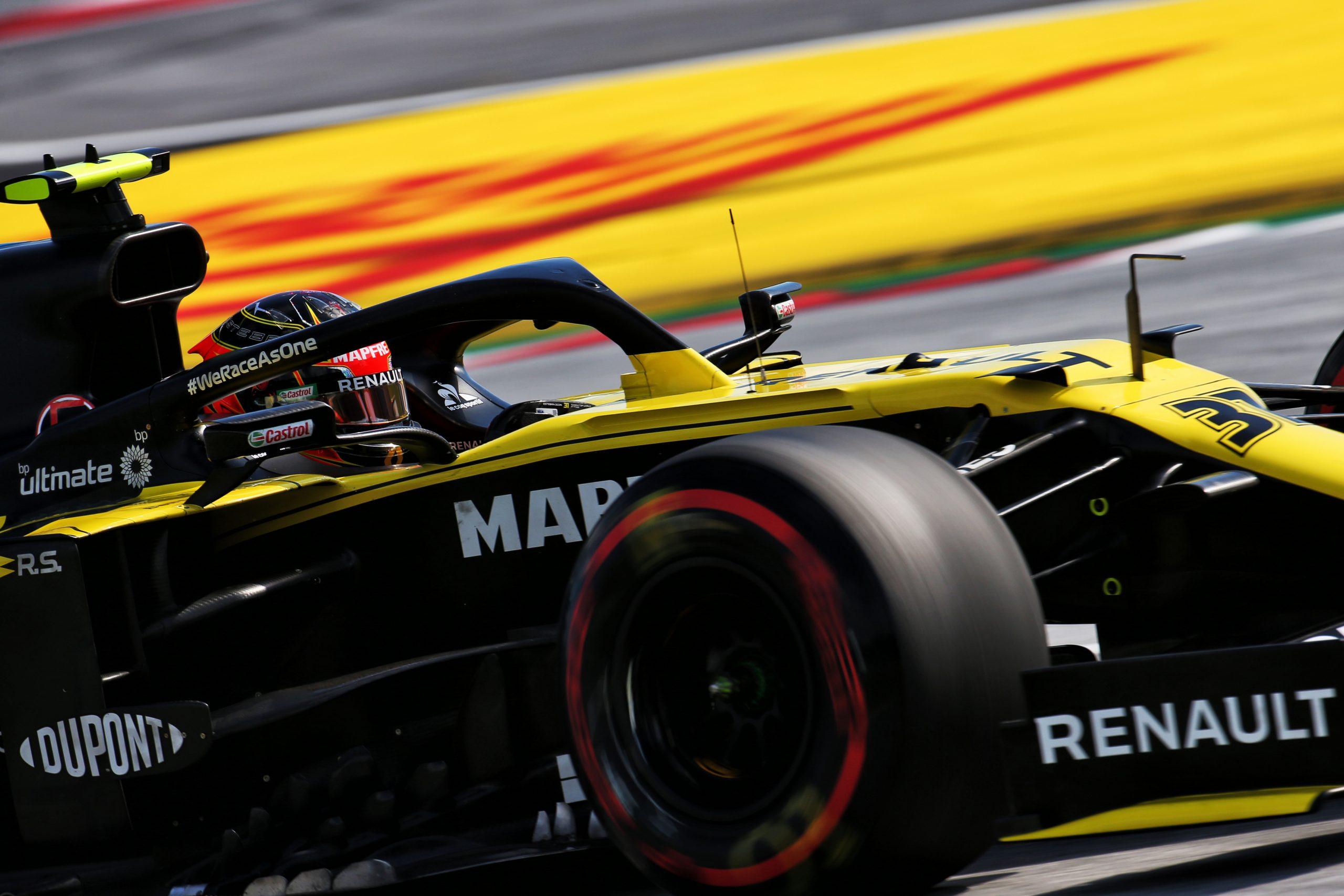 """Esteban Ocon a connu une """"belle journée"""" au volant de sa Renault ce vendredi 1"""