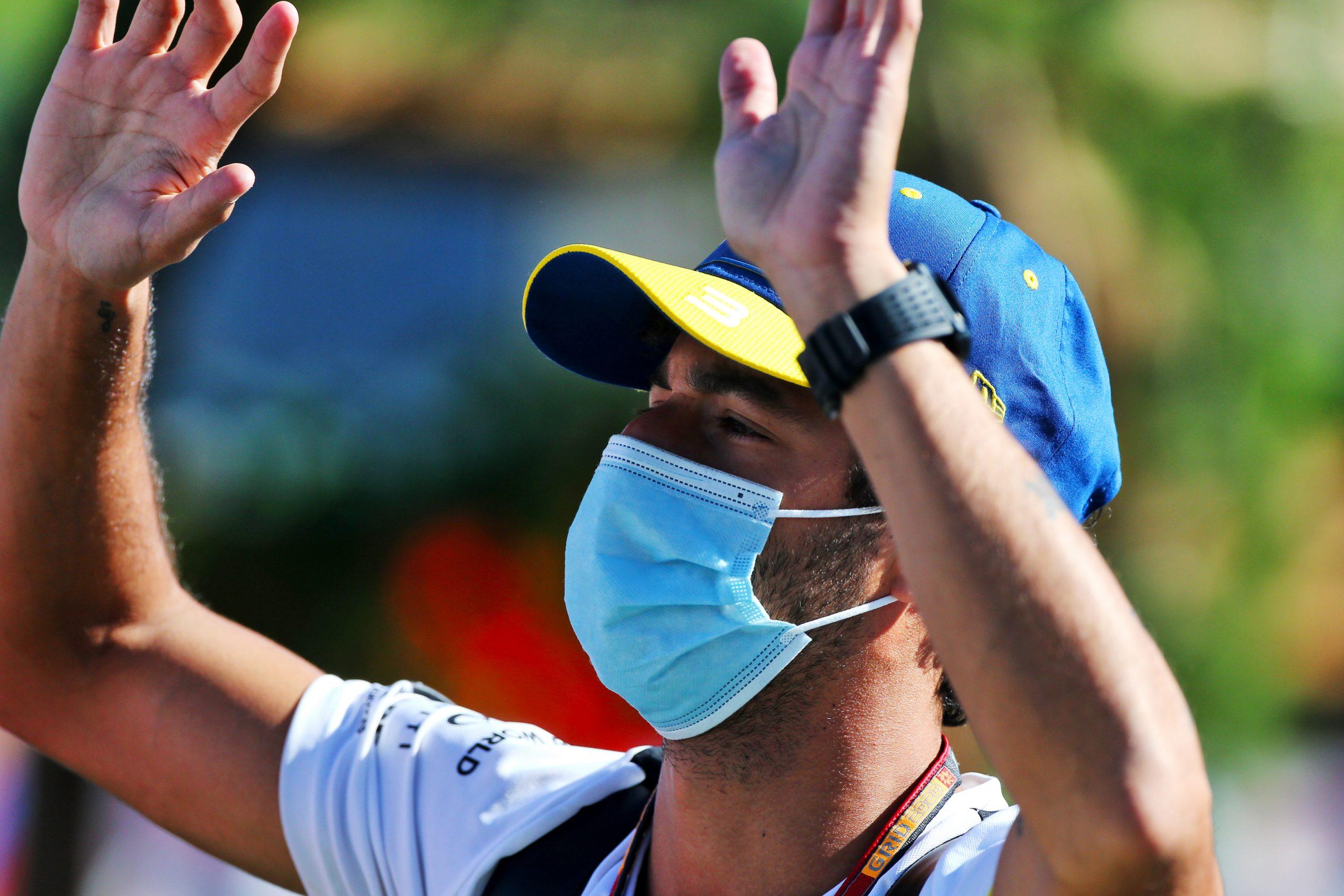 F1 - Une douleur au genou et quelques ecchymoses pour Ricciardo après son crash