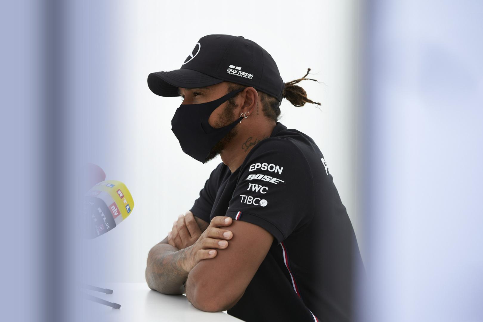 Hamilton n'a aucun doute sur les capacités d'Alonso à presque 40 ans 1