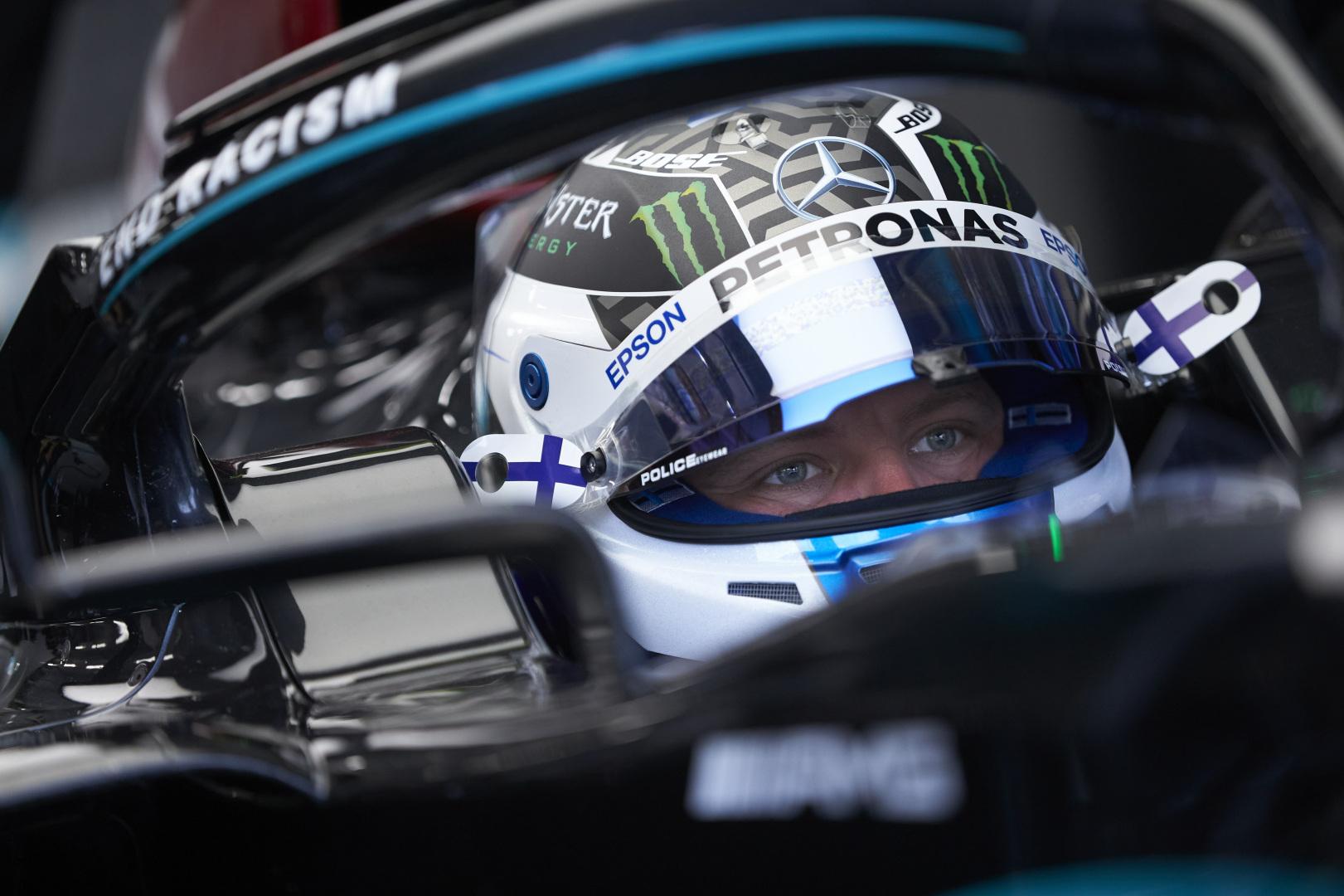 """F1 - Valtteri Bottas devra utiliser des """"jeux psychologiques"""" pour battre Hamilton cette année selon Hill"""