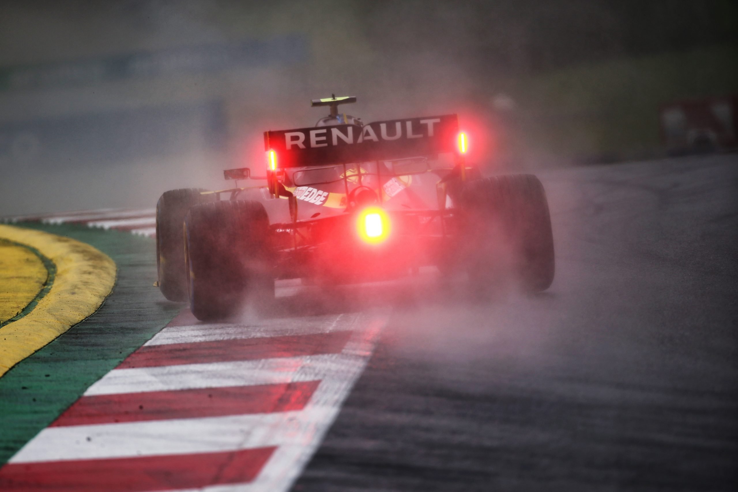 Les deux Renault dans le top dix sur la grille de départ du GP de Styrie 1