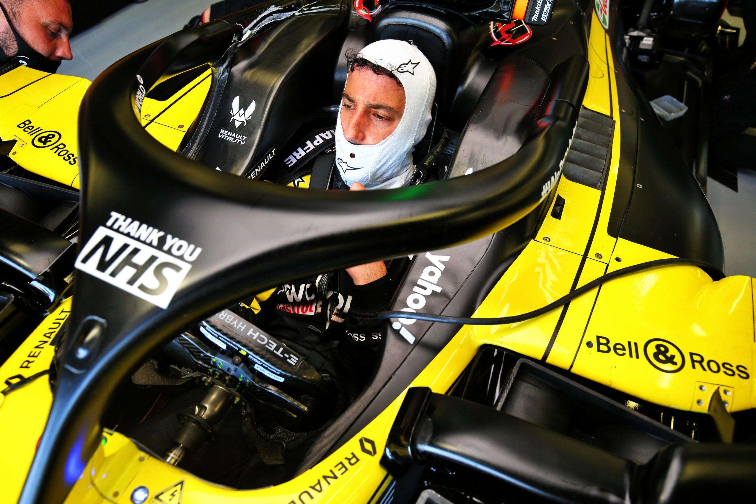 Renault F1 brise le couvre-feu et change le châssis de Ricciardo 1