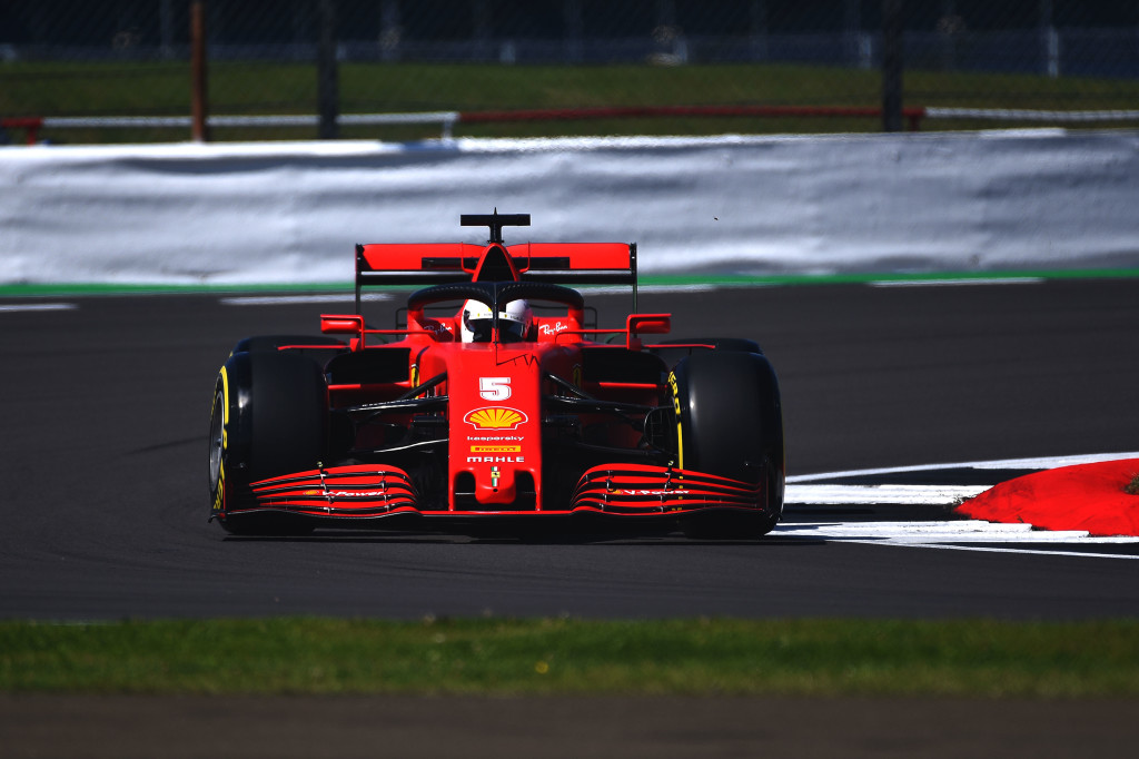 Vettel a cumulé les problèmes sur sa Ferrari ce vendredi à Silverstone 1