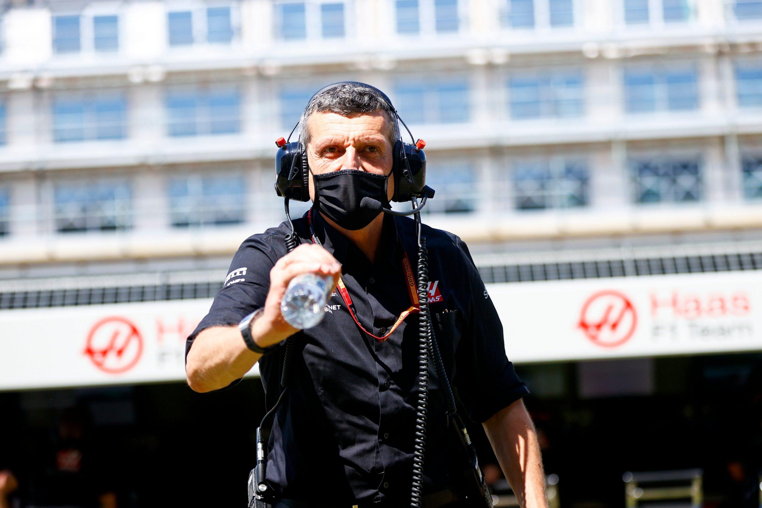 Steiner pousse son équipe Haas à oser des stratégies audacieuses en course 1