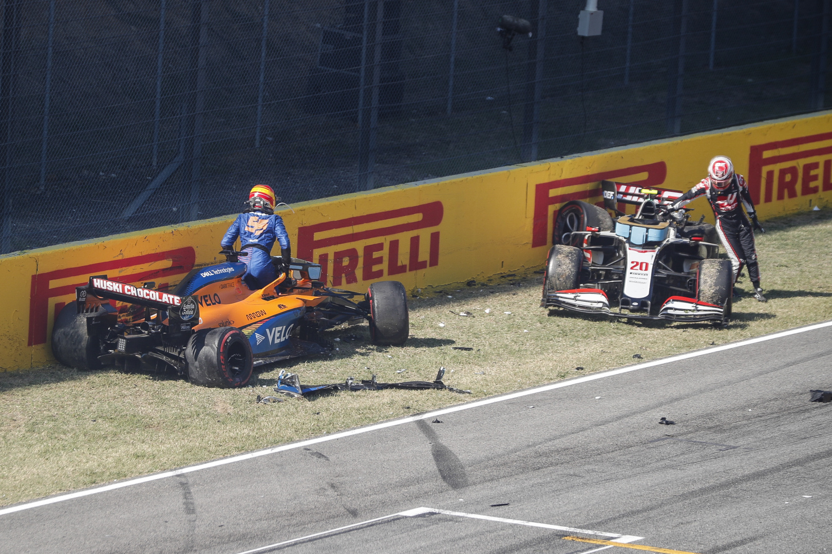f1-mugello-crash-départ