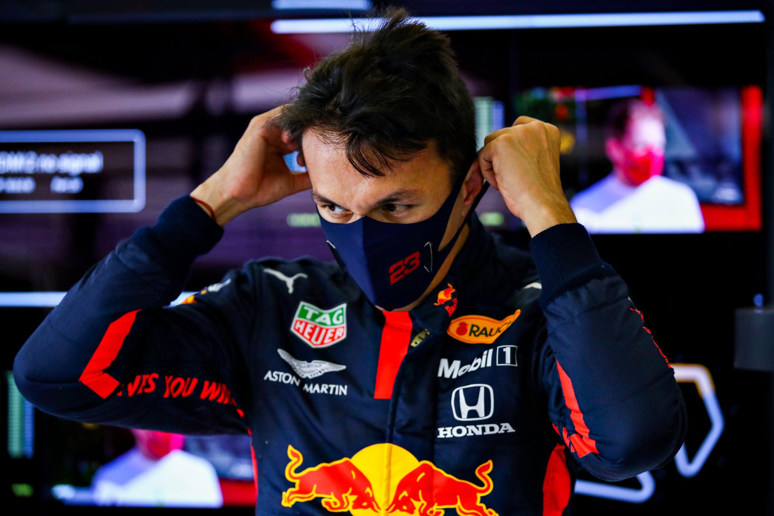 F1 - Red Bull met officiellement la pression à Alex Albon