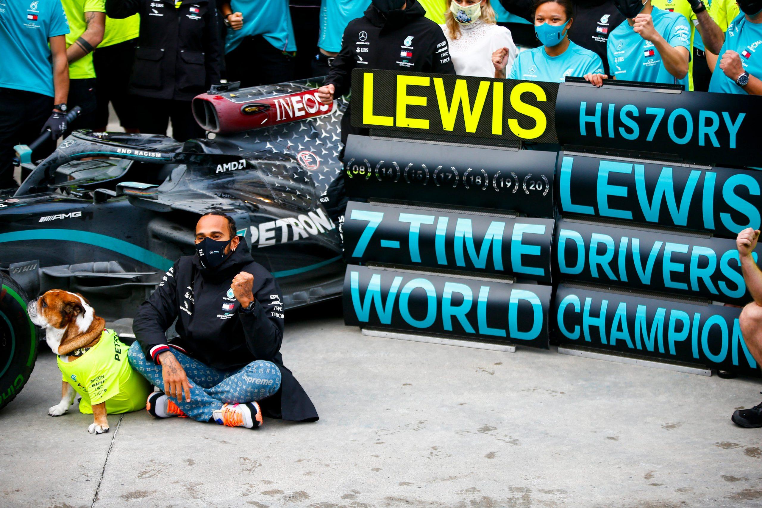 Rosberg ne sait pas qui est le meilleur parmi Schumacher, Fangio, Senna et Hamilton - L'ancien rival de Lewis Hamilton, l'Allemand Nico Rosberg, a salué l'obtention d'un septième titre mondial pour le Britannique en Formule 1