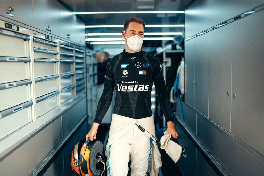 F1 - Non retenu par Mercedes, Vandoorne réagit avec humour