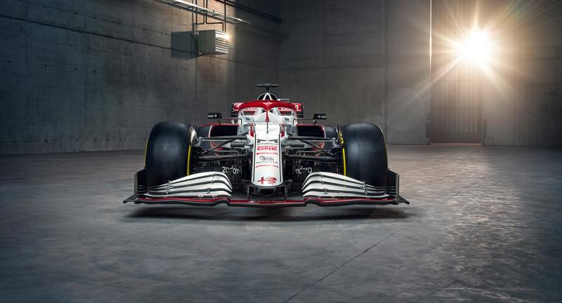 F1 - Alfa Romeo a décidé d'utiliser deux jetons sur le nez de la C41