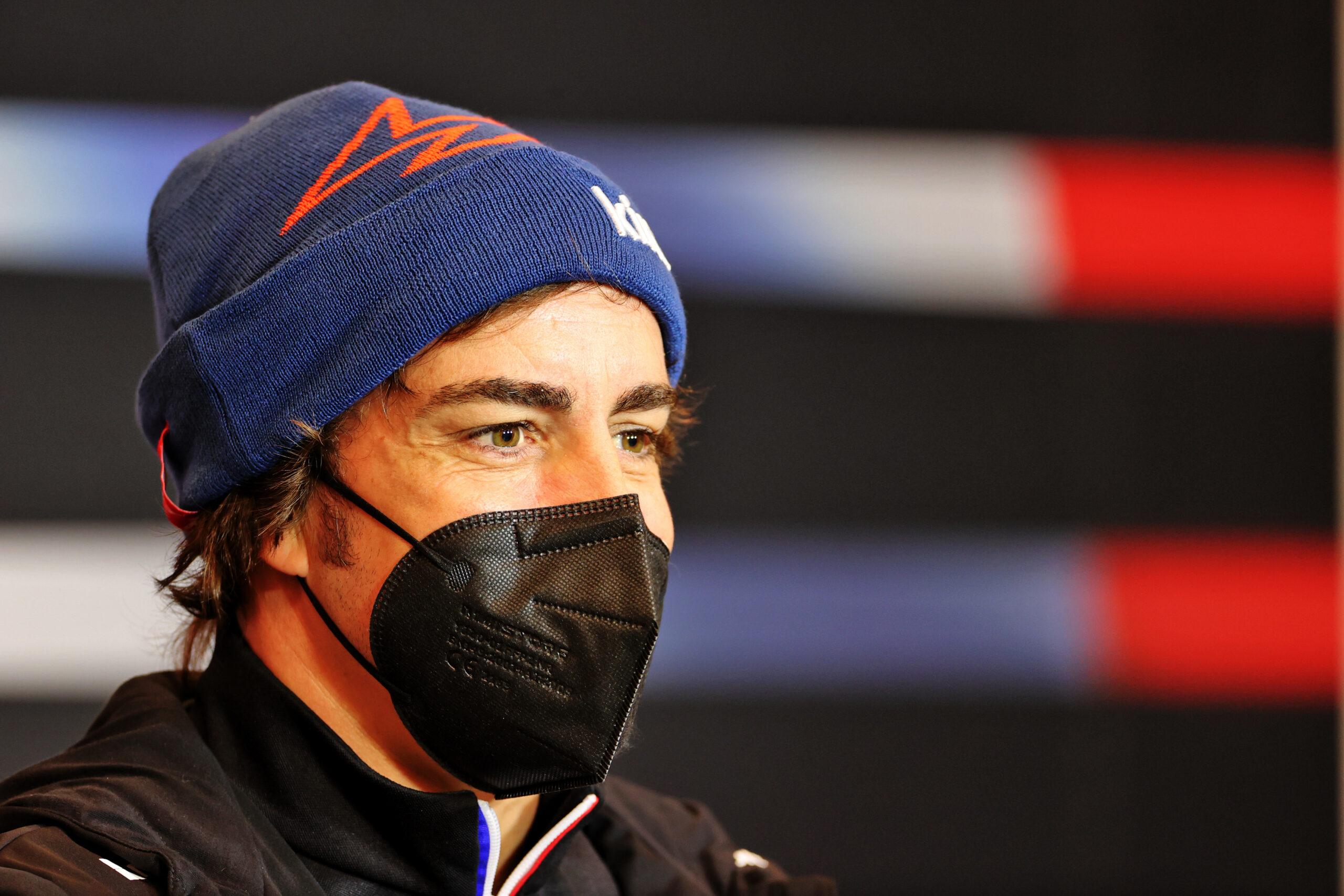 """F1 - Alonso """"obligé"""" de faire un track walk à Budapest"""