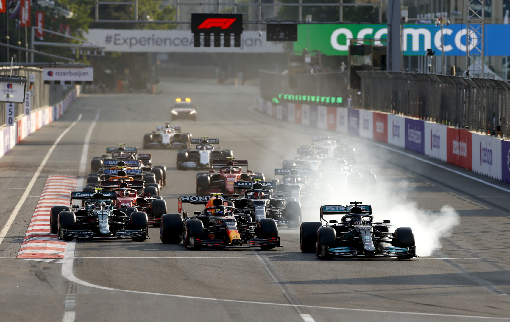 F1 - Vidéo : la réaction de Toto Wolff quand Hamilton part à la faute