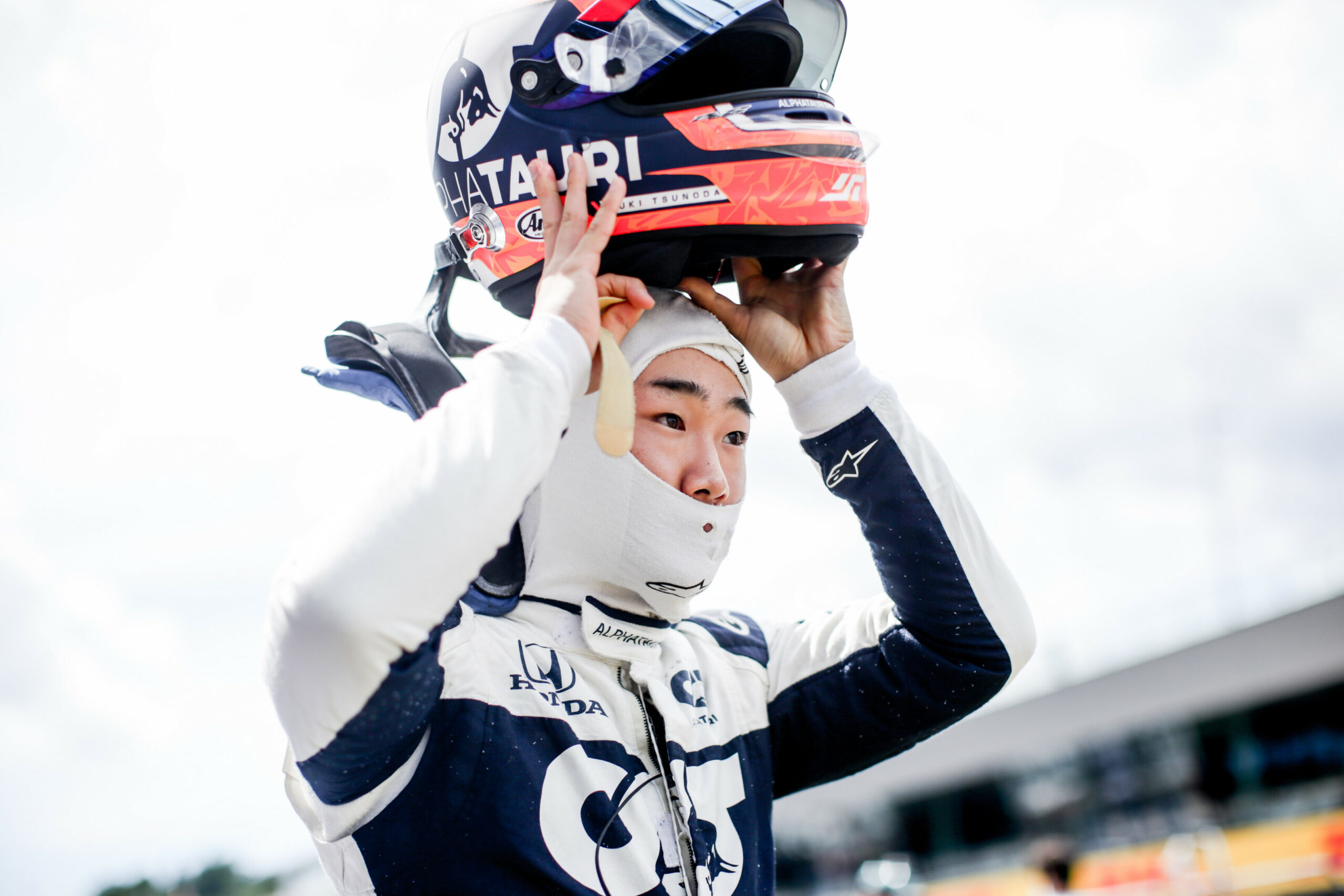 F1 - Tsunoda veut absolument régler les problèmes de communication radio