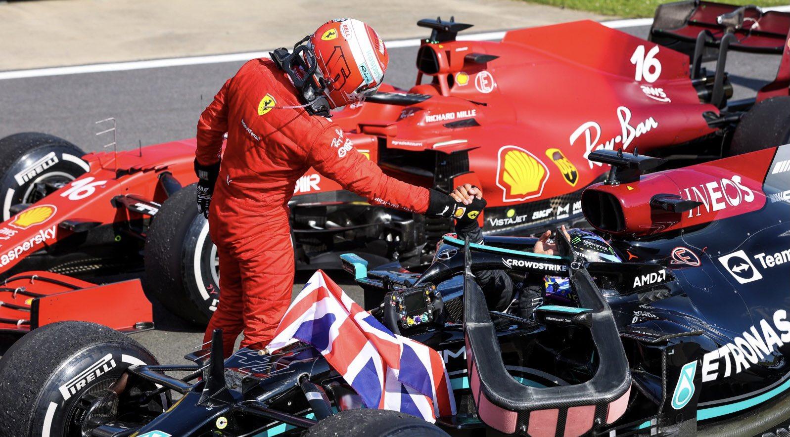 F1 - Sans drapeau rouge, Hamilton aurait abandonné ce dimanche