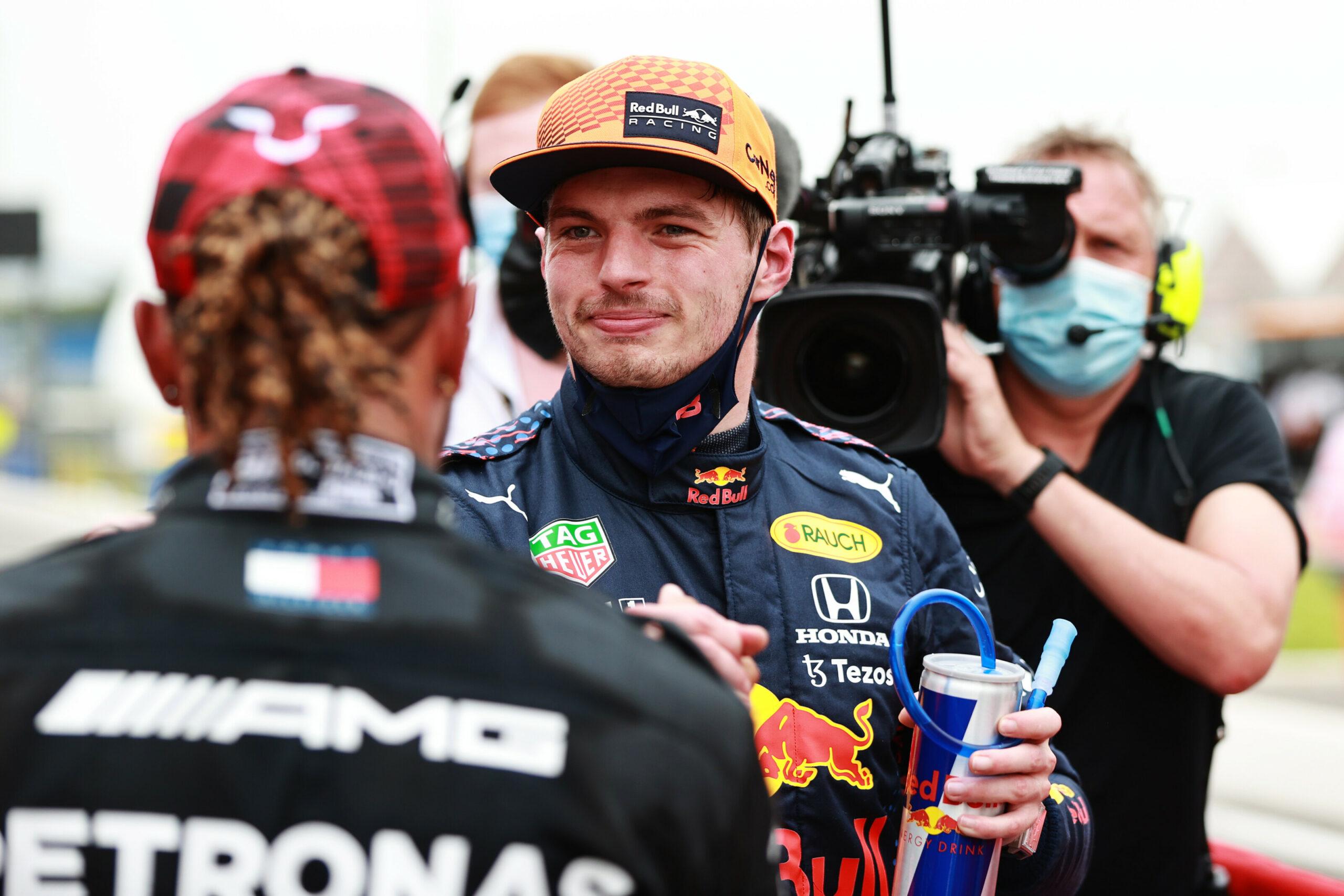 """F1 - Hamilton et Verstappen se battent comme """"deux coqs dans la basse-cour"""""""