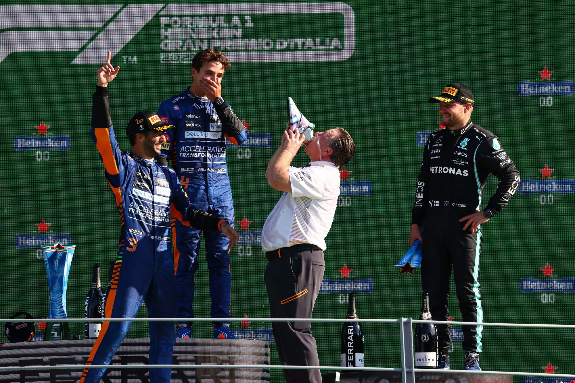 F1 - Daniel Ricciardo remporte son pari fait avec son patron