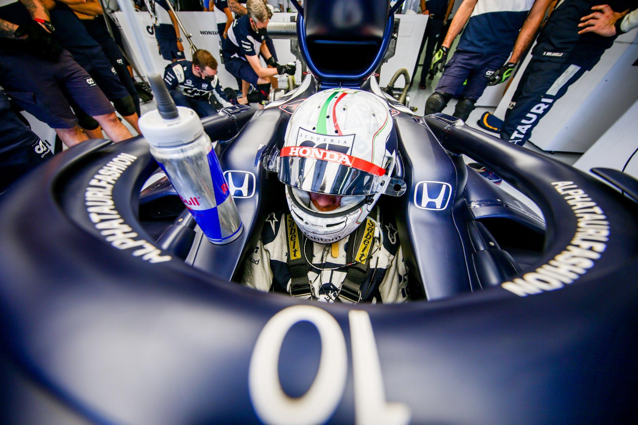 F1 - Changement de moteur sur la monoplace de Gasly avant le départ